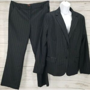 NY&Co 2 Pc Suit Sz 14 Jacket Blazer Sz 10 Trouser